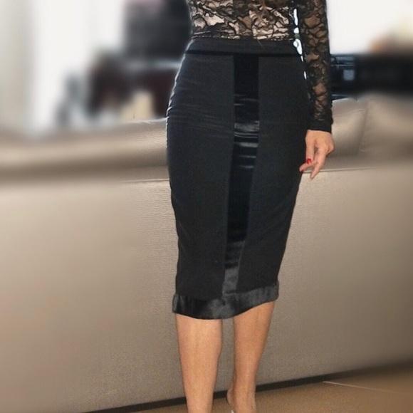 Yves Saint Laurent Dresses & Skirts - Yves Saint Laurent Vintage Tuxedo Skirt SZ36